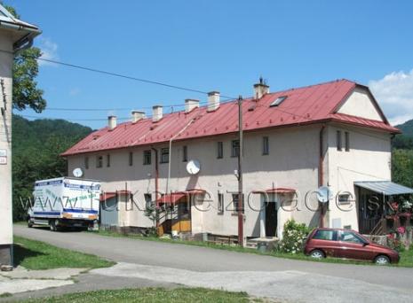 Bytový dom v Kremnici - zateplenie trámového stropu