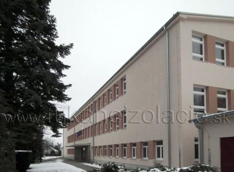 Základná škola - zateplenie betónového stropu